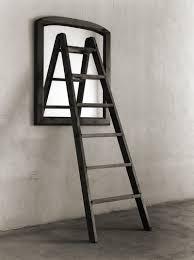Chema Madoz (Escalera a través del espejo)