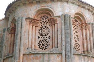 Celosías mudéjares de la Ermita de Santa Coloma, en Albendiego.