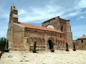 Iglesia de San Andrés, en Romanillos de Atienza.