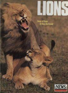 Cartel de Lions, de Yann Arthus-Bertrand.